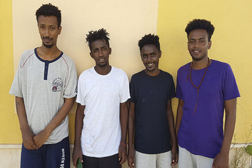 Cuatro de los menas que han desembarcado en Lampedusa