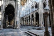 El interior de la catedral, el día 17 de julio, durante los trabajos preeliminares de restauración