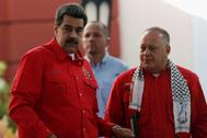 El presidente de Venezuela Nicolás Maduro junto a Diosdado Cabello, presidente de la Asamblea Nacional Constituyente.