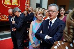 Aguirre y Gallardón, en la toma de posesión de Ayuso.
