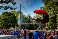 Número del 'Cirque La compagnie' realizado por sus acróbatas