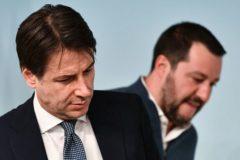El primer ministro italiano, Giuseppe Conte, junto al ministro del Interior Matteo Salvini.
