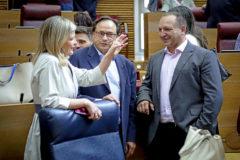 La consellera Bravo junto al responsable de Hacienda y el vicepresidente segundo del Consell.