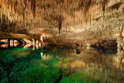 Estas son las cuevas más impresionantes de España