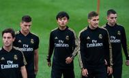 Kubo,en el centro de la imagen, durante la pretemporada del Real Madrid.