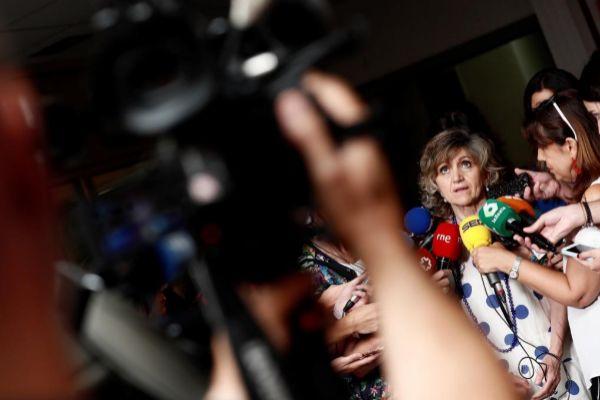 La ministra de Sanidad en funciones, María Luisa Carcedo, este jueves...