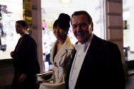 Gerhard Schroeder y su esposa Soyeon-Kim