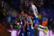 BARCELONA, SPAIN - AUGUST 22: Javi Lopez of <HIT>Espanyol</HIT> celebrates wuth team-mates after scoring his team's second goal during the UEFA Europa League Play Off match between <HIT>Espanyol</HIT> and Zoryan Luhansk at RCDE Stadium on August 22, 2019 in Barcelona, Spain. (Photo by Alex Caparros/Getty Images)