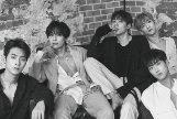 Los cinco miembros del grupo surcoreano KNK.