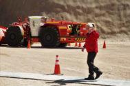 AME7118. CALAMA (CHILE).- El presidente de Chile, <HIT>Sebastián</HIT> <HIT>Piñera</HIT>, participa en la inauguración de la parte subterránea de la mina de cobre chilena de Chuquicamata, en Calama (Chile). La mina de cobre Chuquicamata, en el norteño desierto de Atacama, fue inaugurada hoy oficialmente en su versión subterránea como resultado de la reconversión de rajo abierto a explotación bajo la superficie para dar otros 40 años de vida al gigantesco y centenario yacimiento de la chilena Codelco.