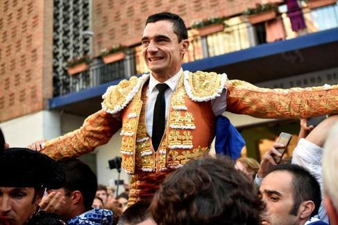 Formidable apoteosis de Ureña en Bilbao