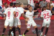 Joan Jordán (24) celebra el gol de la victoria en Granada.