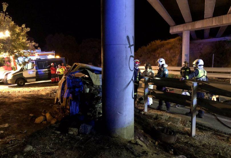 Estado en el que ha quedado el coche tras el accidente en Guadarrama.