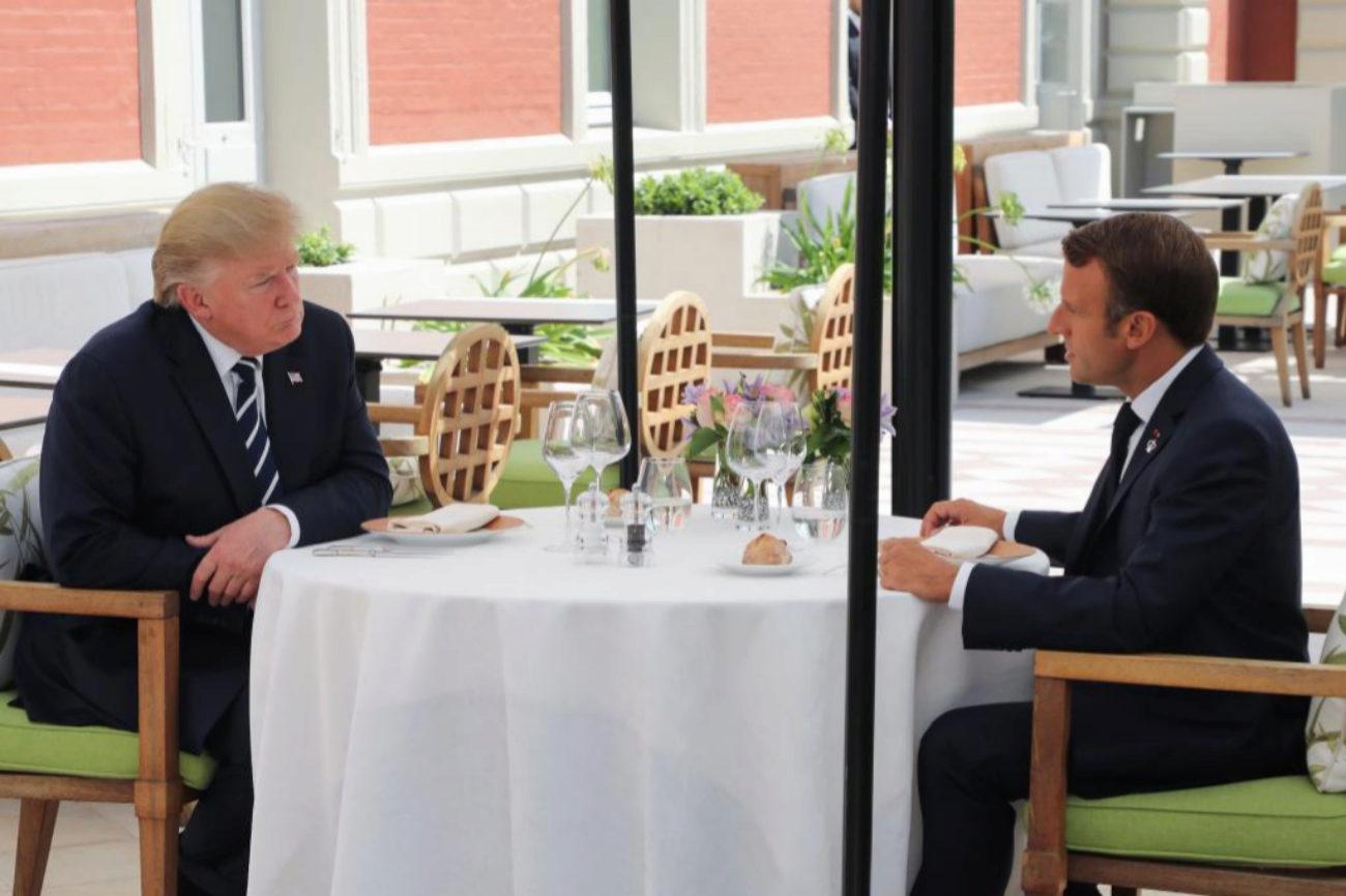 Donald Trump y Emmanuel Macrom comen juntos en el primer día de la ceremonia del G7 en Biarritz