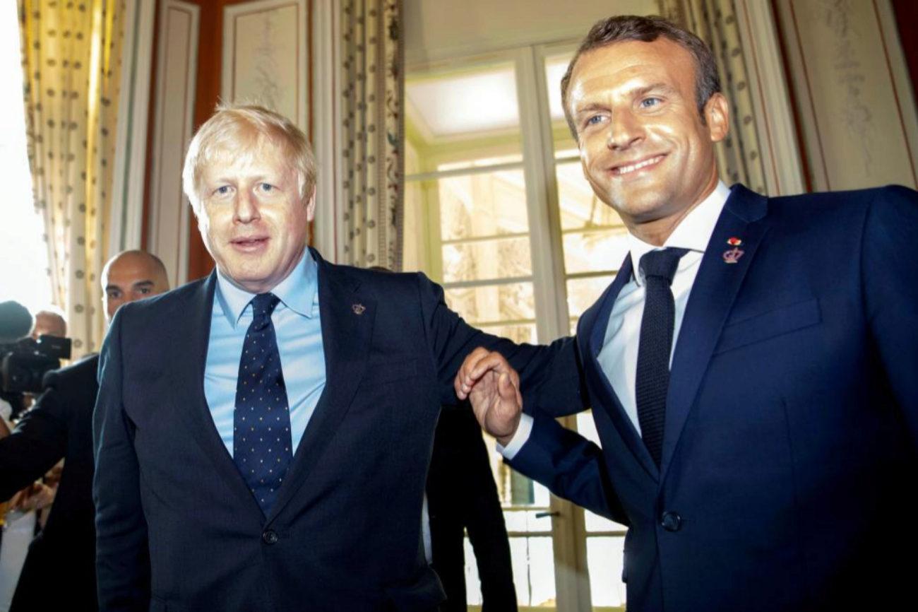 El primer ministro británico, Boris Johnson, y el presidente...