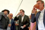 Rajoy y Feijóo, este domingo, en la Feria de la Vendimia de Leiro.