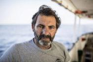 Retrato de Óscar Camps, fundador de la ONG Proactiva Open Arms.
