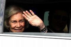 """La Reina Sofía, tras visitar a Don Juan Carlos: """"Está estupendo. Ya come filetes y todo"""""""