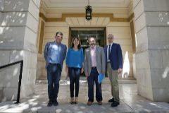Manuel Olcina, Julia Parra, Jorge Soler y Josep Albert Cortés, tras la presentación.