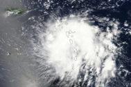 Imagen tomada por el satélite de la NASA del huracán Dorian.