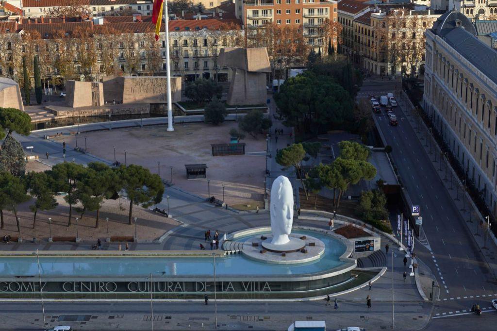 Producida bajo el mecenazgo de la Fundación María Cristina Masaveu...