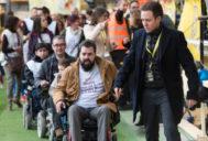 Pacientes de esta enfermedad rara durante una recogida de fondos en el estadio del Villarreal.