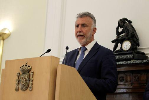 El presidente de Canarias, Ángel Víctor Torres, en rueda de prensa...