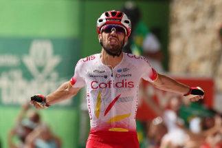 Jesús Herrada venga a su hermano y López regala el maillot rojo
