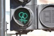Un semáforo con el símbolo lésbico en el Festival del Orgullo de Manchester el pasado fin de semana.