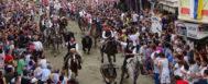 Numerosos asistentes, durante una de las Entradas de Toros y Caballos de Segorbe.