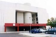 Parking y entrada al hospital de Vinaròs.