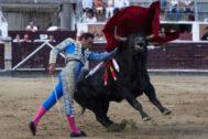 Pase de pecho de El Cid, que firmó una bonita despedida, este sábado en Sanse.