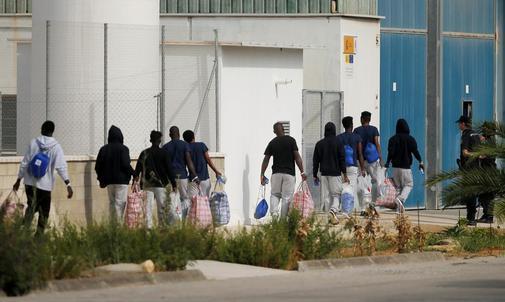 Los 15 inmigrantes del Open Arms que llegaron a España a bordo del...