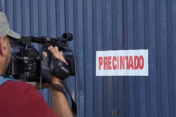 La fábrica de la empresa Magrudis tras ser precintada.
