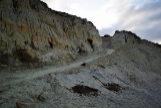 Rampa excavada en el Médano del Asperillo, dentro de los límites de Doñana, y que ha sido paralizada por orden de un juzgado.