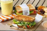 Recetas saludables con Thermomix: sandwich integral de verduras con queso de cabra