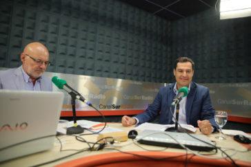 Juan Manuel Moreno, durante su entrevista con el periodista Jesús Vigorra.
