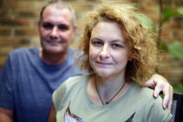 Ana, acompañada de su marido, José Luis.