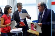Isa Serra, Íñigo Errejón y Ángel Gabilondo, este miércoles en la Asamblea.