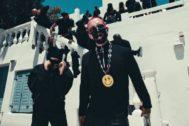 Bad Bunny y J Balvin en el vídeo de Cuidao Por Ahí, nuevo single de Oasis