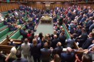 Los diputados debaten en el Parlamento británico sobre el 'no deal'.