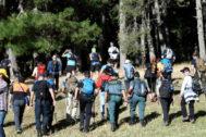 Agentes y voluntarios buscan a Blanca Fernández Ochoa en Cercedilla.