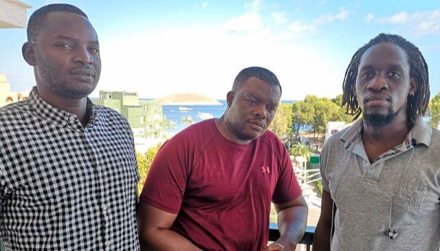 Amabou, Talla y Abdul encabezan la lucha de los senegaleses para que acabe la violencia de sus compatriotas en Magaluf.