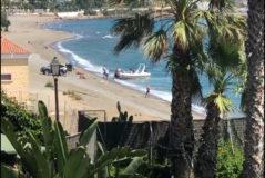 """Los narcos amenazan a los bañistas en Estepona: """"¡Eh, el móvil, como llames te mato!"""""""