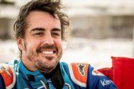 """GRAF9482. NAMIBIA .- Fotografía facilitada por Toyota Gazoo Racing, del español <HIT>Fernando</HIT> <HIT>Alonso</HIT>, doble campeón del <HIT>mundo</HIT> de Fórmula Uno y ganador del último Mundial de Resistencia (WEC), que completó un test de cuatro días en Namibia con el Toyota Hilux que disputará la próxima edición del Rally Dakar -en enero y en Arabia Saudí-, y manifestó que está """"muy contento con el progreso"""" experimentado y que ya empieza """"a entender el pilotaje en dunas"""". Toyota Gazoo Racing SOLO USO EDITORIAL/NO VENTAS/NO ARCHIVO"""