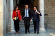 Quim Torra y Pere Aragonès, junto a la portavoz del Govern, el martes
