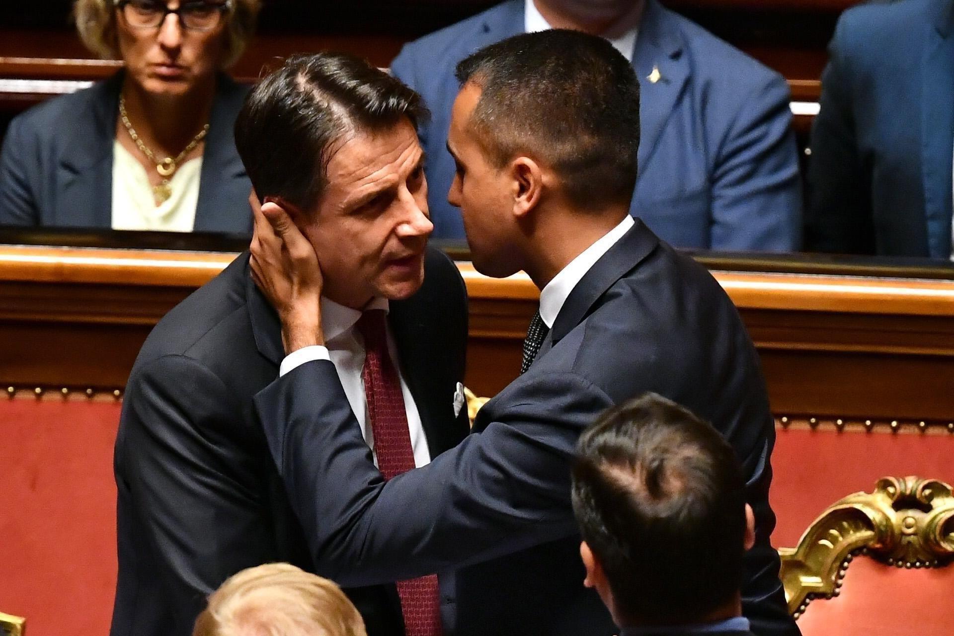 Rome (Italy).- Italian Prime Minister Giuseppe <HIT>Conte</HIT> (C) is...
