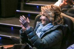 La ex presidenta de la Comunidad de Madrid Esperanza Aguirre aplaudiendo.