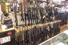 Una tienda de rifles de asalto, en Salt Lake City, EEUU.