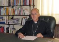 Julián Ruiz, obispo de Huesca.